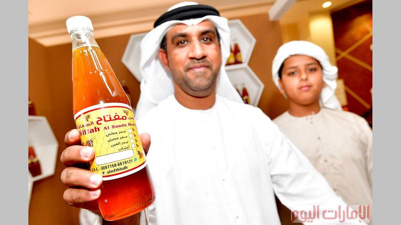 العسل الإماراتي لقي إعجاب زوار المهرجان