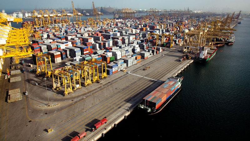 التجارة الخارجية للإمارات ارتفعت إلى 1.6 تريليون درهم خلال عام 2017. أرشيفية