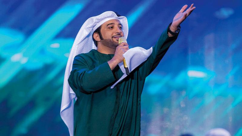 عيضة المنهالي صدح بعدد من أغانيه المشهورة خلال الحفل. من المصدر