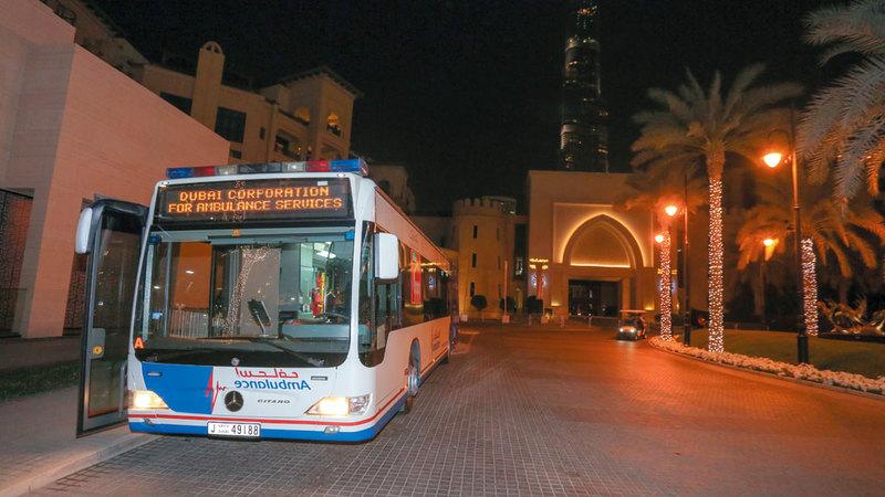 44 نقطة إسعاف وضعت حول برج خليفة إضافة إلى حافلتين عبارة عن مستشفى ميداني ووحدة دعم. من المصدر