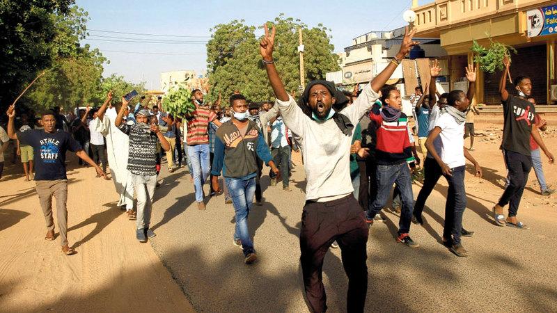 جانب من الاحتجاجات السودانية الأخيرة على تردي الأوضاع الاقتصادية. أرشيفية