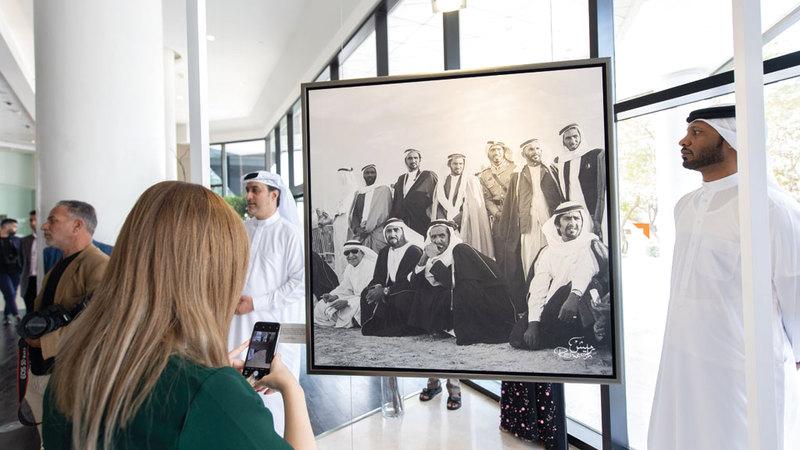 المعرض يأتي في إطار احتفالات غرفة تجارة وصناعة دبي بـ«عام التسامح». تصوير: أحمد عرديتي