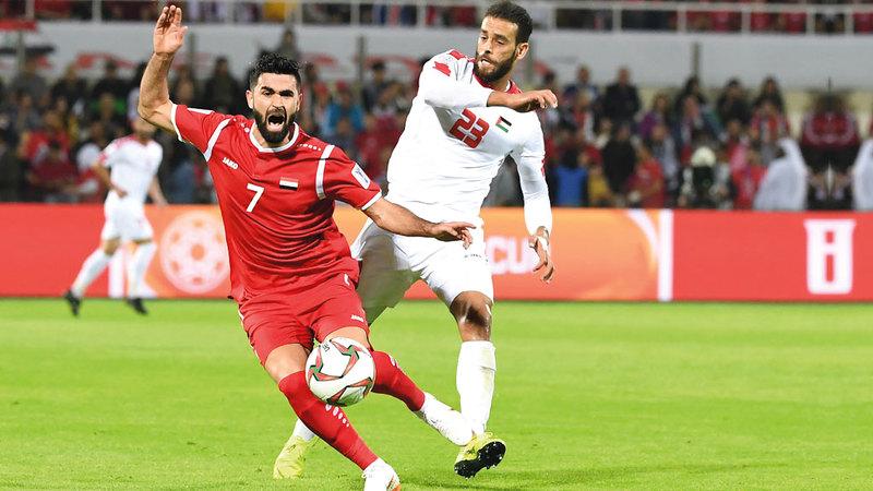 منتخب فلسطين يواجه أستراليا بعد التعادل مع سورية.  تصوير: أسامة أبوغانم