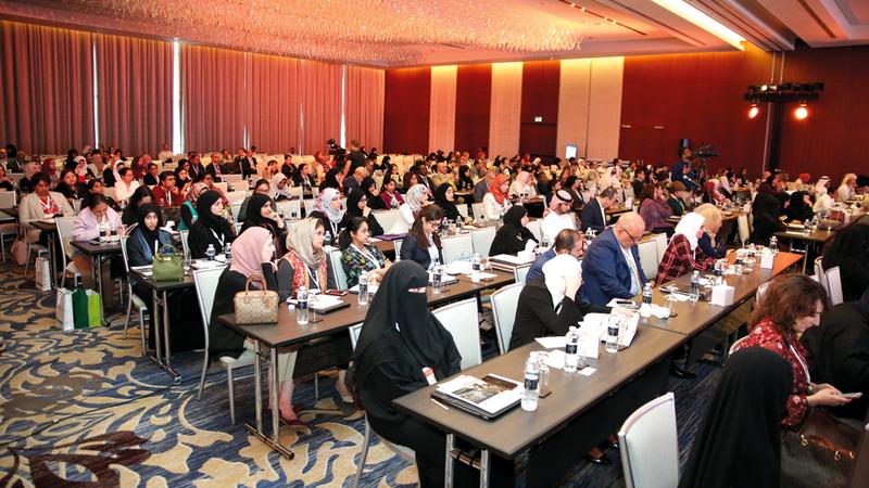 المؤتمر يوفر منصة معلوماتية لتبادل الخبرات مع المتخصصين حول العالم.  من المصدر