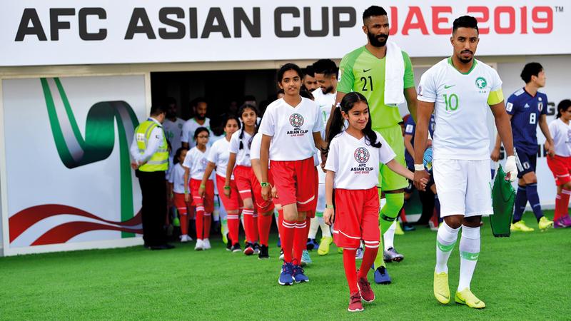 المنتخب السعودي قدم عرضاً قوياً أمام اليابان لكنه ودع البطولة الآسيوية. تصوير: باتريك كاستيلو