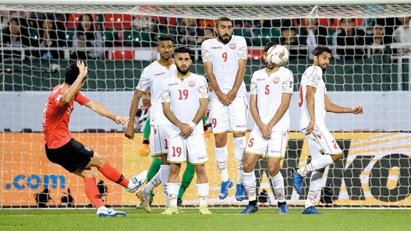 المنتخب الكوري فاز بصعوبة على البحرين 2-1. تصوير: باتريك كاستيلو
