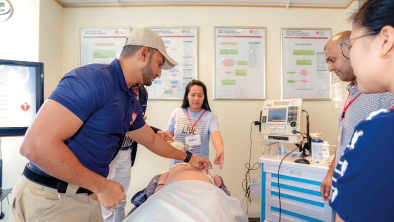 «المعهد» يعمل في مجال التدريب المتخصص للأطباء والممرّضين والصيادلة والفنيين. من المصدر