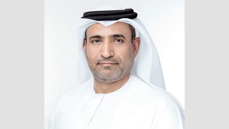 سيف السويدي: «الإمارات تعطي أولوية لتطوير قطاعي الطيران والسياحة في منظومة (اقتصاد ما بعد النفط)».