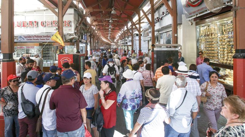 الأسعار المدروسة لها دور كبير في جذب أعداد متزايدة من السياح كل عام. أرشيفية