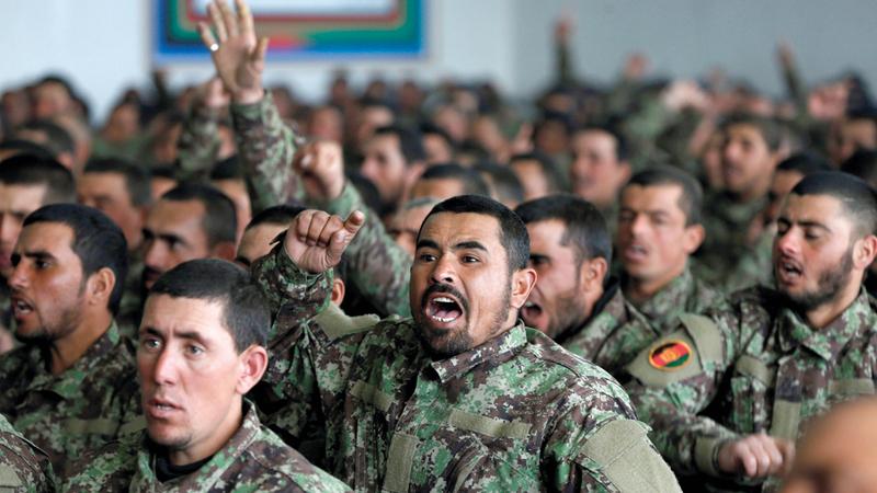حفل تخريج دفعة من الجنود الأفغان.  رويترز