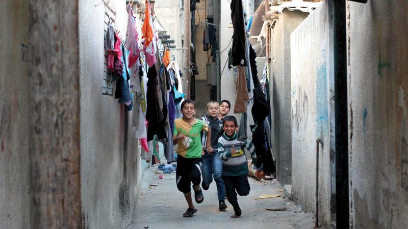 الحملات الشبابية تصل إلى مخيمات اللاجئين. الإمارات اليوم