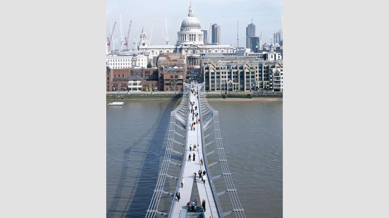 جسر الألفية لندن. من المصدر