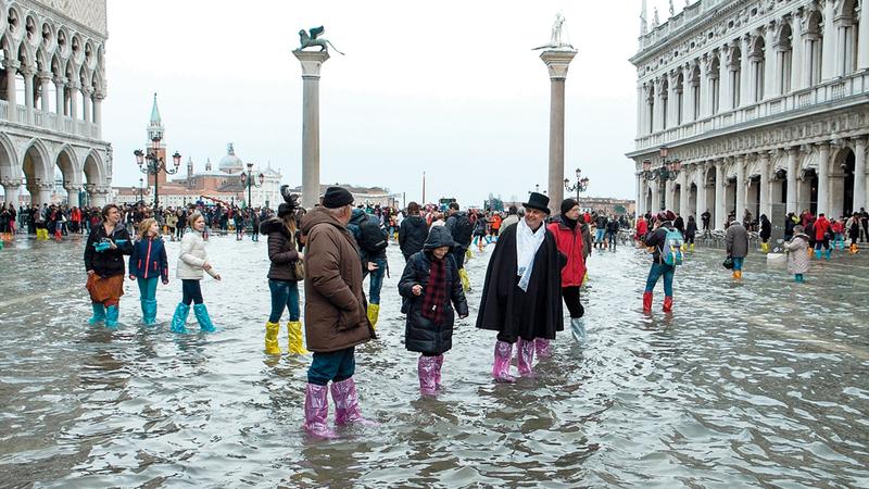 السكان المحليون تعودوا حدوث الفيضانات.  أرشيفية