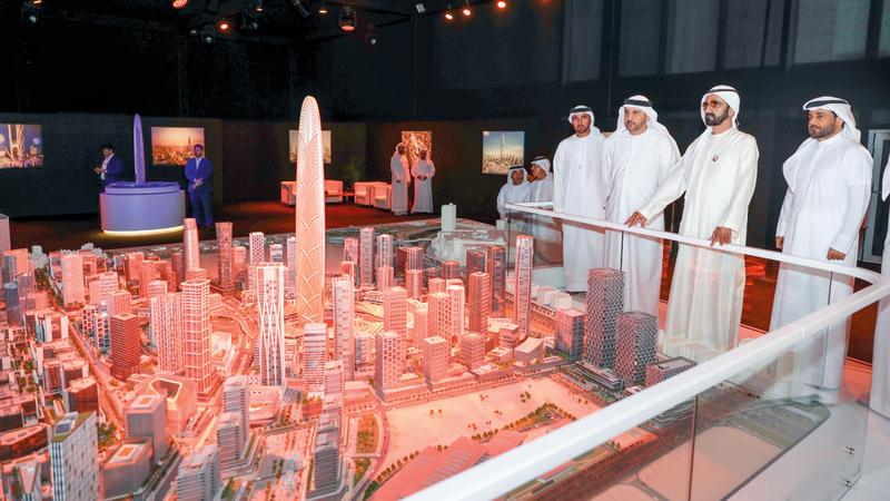 نائب رئيس الدولة أشاد بالمشروع الجديد الذي يضاف إلى مرافق دبي السياحية ويرسّخ مكانتها على خريطة السياحة الدولية.  وام