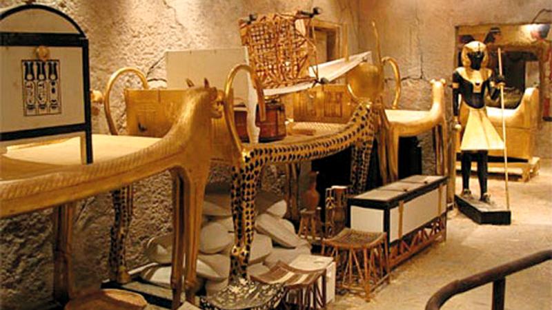 مصر أعادت فتح المقبرة في صورة أكثر بهاءً بعد عمل دؤوب على إصلاح الأضرار.  وكالات