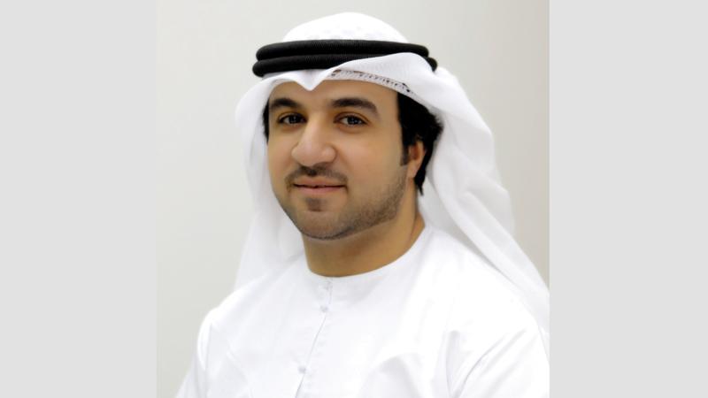 جاسم القلاف: «اقتصادية دبي تتيح خدماتها عبر تطبيق (الأعمال في دبي) وموقعها الإلكتروني ومراكز الخدمة».