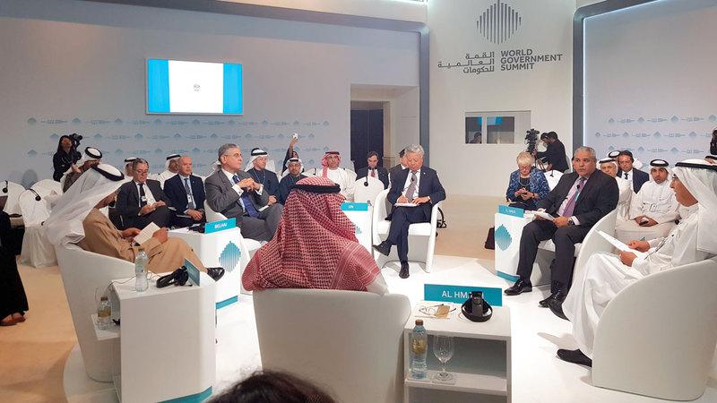 البنك الدولي شارك في جلسة «صناديق التنمية.. توجهات استثمارية جديدة». من المصدر