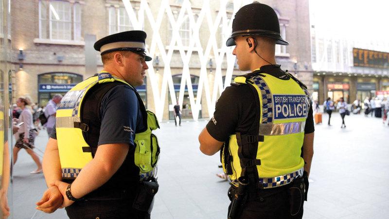عدد كبير من عناصر الشرطة يطالبون بتحسين ظروف عملهم.  أرشيفية