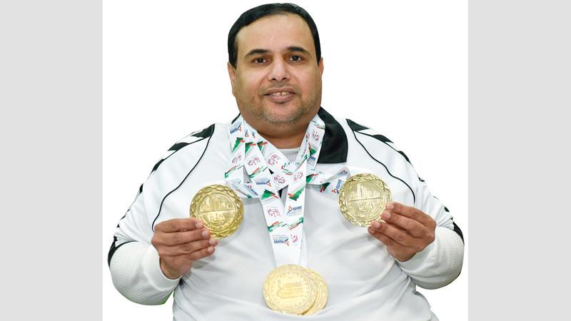 البطل الأولمبي العرياني يتوج بميداليته الذهبية الرابعة في «عالمية الشارقة». من المصدر