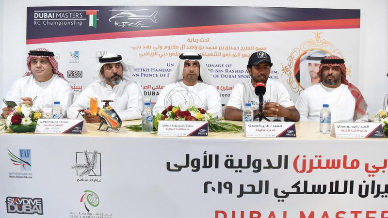 من المؤتمر الصحافي لإعلان تفاصيل بطولة دبي ماسترز للطيران اللاسلكي الحر. تصوير: أسامة أبوغانم