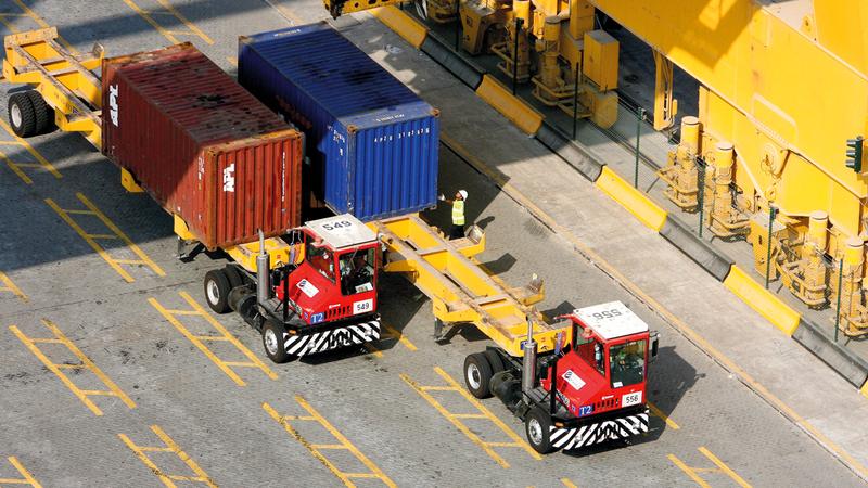 دبي استوردت 336 ألفاً و825 شحنة أغذية العام الماضي. أرشيفية