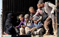 الصورة: تجدد الاشتباكات بين «قسـد» و«داعـش» بشرق سورية.. واستسلام قادة في التنظيم