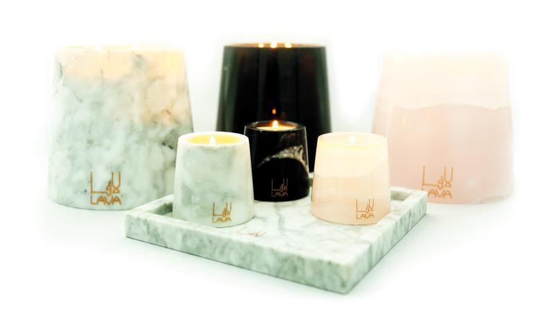 جودة الخامات تؤثر في شكل الشمعة وملمسها الخارجي ولون الضوء الصادر عنها. من المصدر