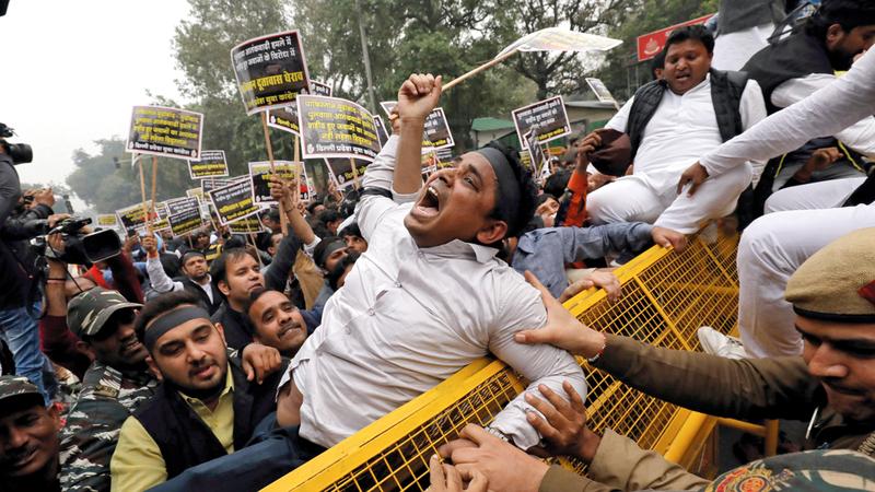 الغضب الهندي تجاوز جارتها الغربية باكستان، إلى الصين.  رويترز