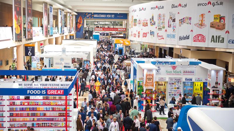 المركز يواصل تعزيز مكانة دبي وجهة عالمية للاقتصاد والتجارة والفعاليات. من المصدر
