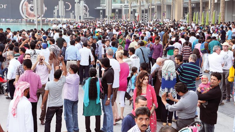 مؤسسة بحثية بريطانية أكدت أن الإمارات تيسّر الحياة على المقيمين فيها. الإمارات اليوم