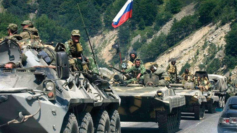 قوات روسية في سورية تحدُّ من نفوذ طهران هناك.  أرشيفية