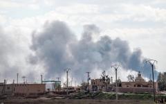الصورة: معارك عنيفة في الباغوز.. و«داعش» يبطئ تقدم «قسد» بالسيارات المفخخة والألغام