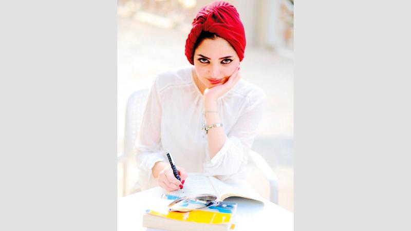 شهد الراوي مؤلفة رواية ساعة بغداد. الإمارات اليوم