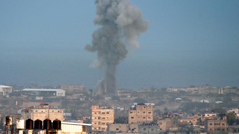 الاحتلال يواصل قصف غزة ويلحق أضراراً بممتلكات الفلسطينيين. أرشيفية