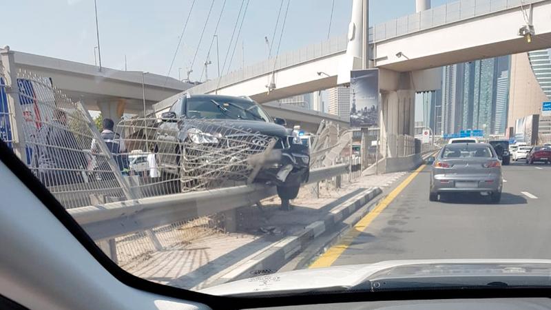 الحادث الثاني.. خلا من أي ردة فعل من قبل السائق. من المصدر