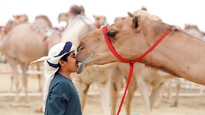 كريم صاحب: اللقطات التي تسجل ملامح من التراث الإماراتي تعد بمثابة لوحات فنية. من المصدر