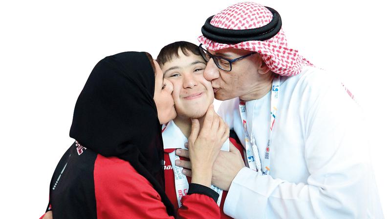 الشامي يحظى باهتمام عائلي بموهبته وقدراته في السباحة. من المصدر