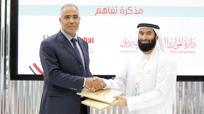 الفلاسي أكد حرص «الدائرة» على توطيد الشراكة مع الجامعات العاملة في الإمارات  وفي دبي بشكل خاص. من المصدر