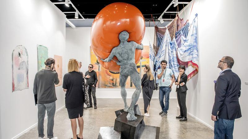 أطلقت مجموعة «آرت دبي» بالتعاون مع هيئة دبي للثقافة والفنون النسخة التاسعة من أسبوع الفن الذي شهد إقامة أكثر من 500 فعالية فنية موزعة على أيامه السبعة. من المصدر
