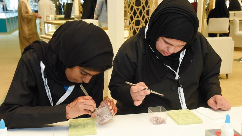 «الوزارة» تعتزم تحويل المشروع إلى منصة لتدريب صاحبات الهمم على صناعة الحلي والمجوهرات.  أرشيفية