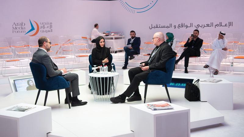 الجلسة أكدت أن التلفزيون التقليدي والإعلام الرقمي متكاملان وليسا متنافسَين. تصوير: أحمد عرديتي