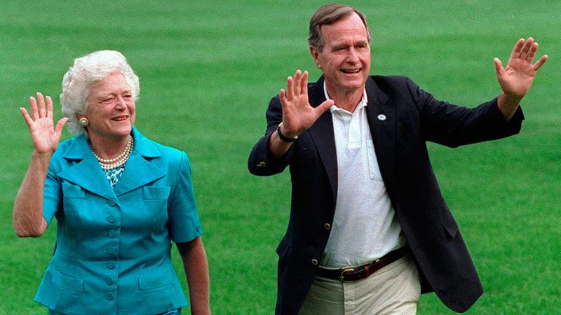 باربرا وزوجها الرئيس الراحل جورج بوش الأب. أ.ب
