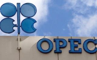 الصورة: النفط يتجه لتسجيل أقوى أداء فصلي في 10 سنوات