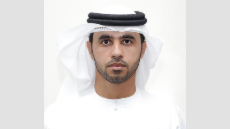 أحمد الشحي: فريق لجنة الطوارئ مُدرب على تتبع  الحالة الجوية عبر  التطبيق الذكي لرصد الأمطار.