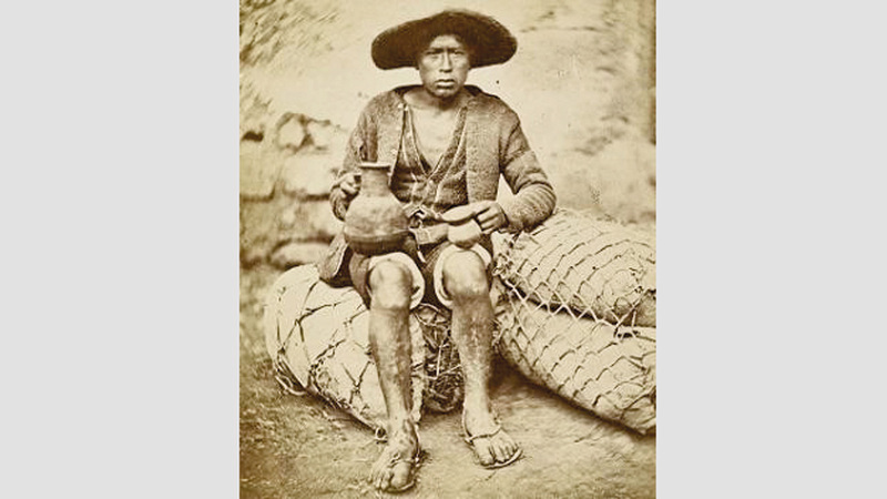 هندي من قبيلة أوركوس، بعثة علمية، البيرو، 1864. إيميل كولبير. من المصدر