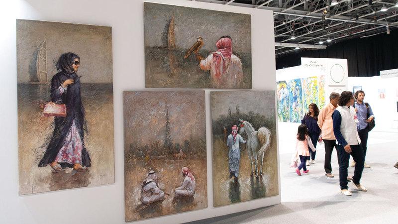 يتميز المعرض في هذه النسخة بالتنوّع الكبير مقارنة بالدورات الماضية.  تصوير: أحمد عرديتي