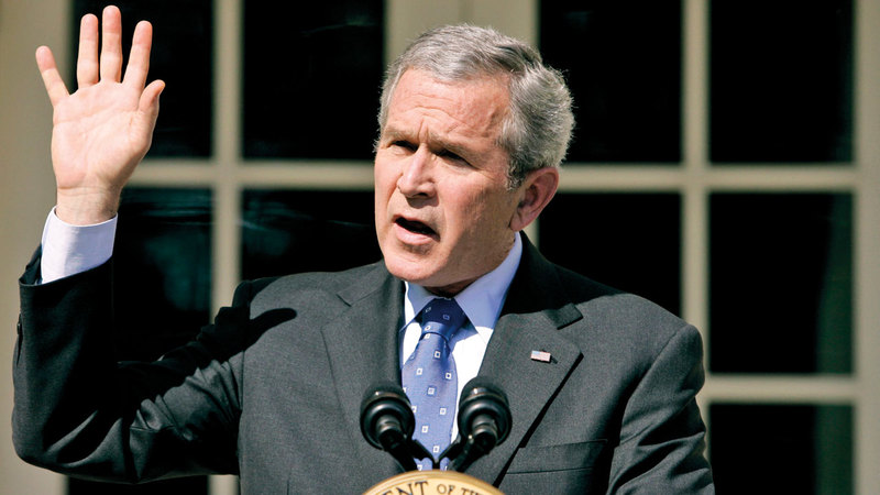 بوش أدرك أنه فاز على الأميركيين وهو أمام كاميرات التلفزيون في مكتبه البيضاوي معلناً اجتياح العراق. أرشيفية