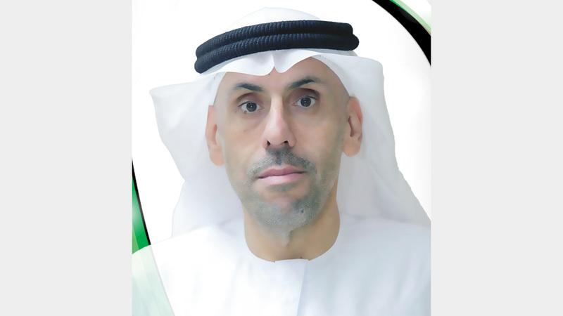 محمد عبيد اليماحي:  «أتمنى استمرار تصاعد أداء قضاة الملاعب خلال  المباريات المقبلة،  لدخول الدوري  مراحل حاسمة».