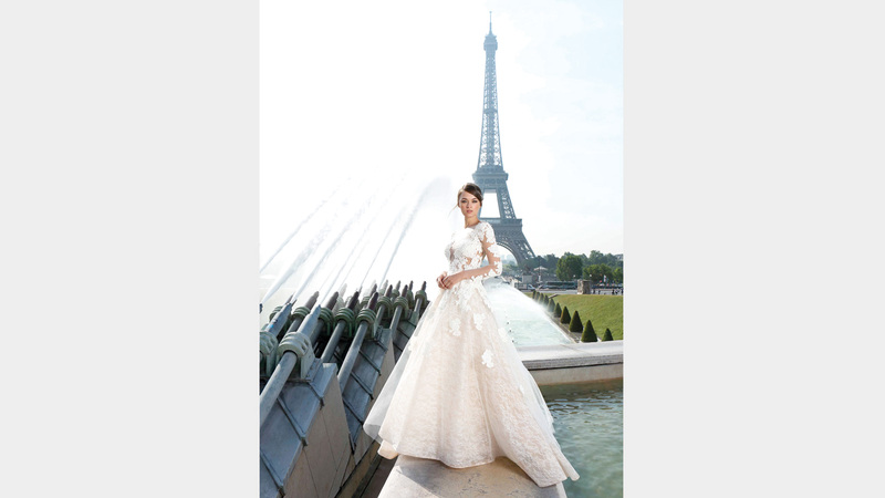 فستان الأميرات يمتاز بقصة على شكل حرف A. د.ب.أ