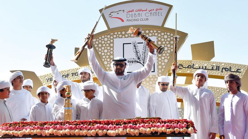 محمد راشد غدير الكتبي يواصل صدارة سباقات الهجن. تصوير: أسامة أبوغانم